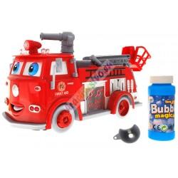 Hasičské auto - vypúšťa bubliny