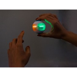Farebný svietiaci spinner
