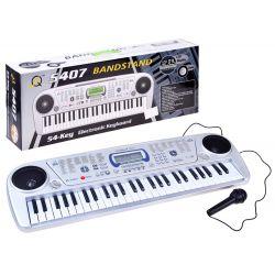 Elektronický klavír s mikrofónom