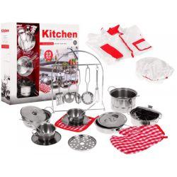 Kuchynské náradie pre malého šéfkuchára so zásterou a kuchárskou čiapkou