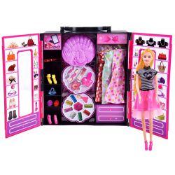 Šatníková skriňa s doplnkami + bábika