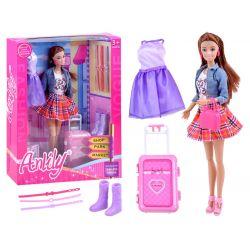 Bábika Anlily s cestovným kufrom