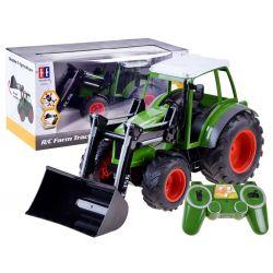 Veľký traktor na diaľkové ovládanie