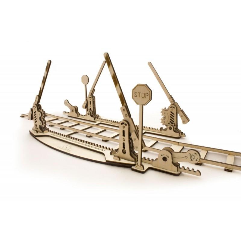 UGEARS – pohyblivé drevené 3D puzzle, Dráha s rampami, 4m